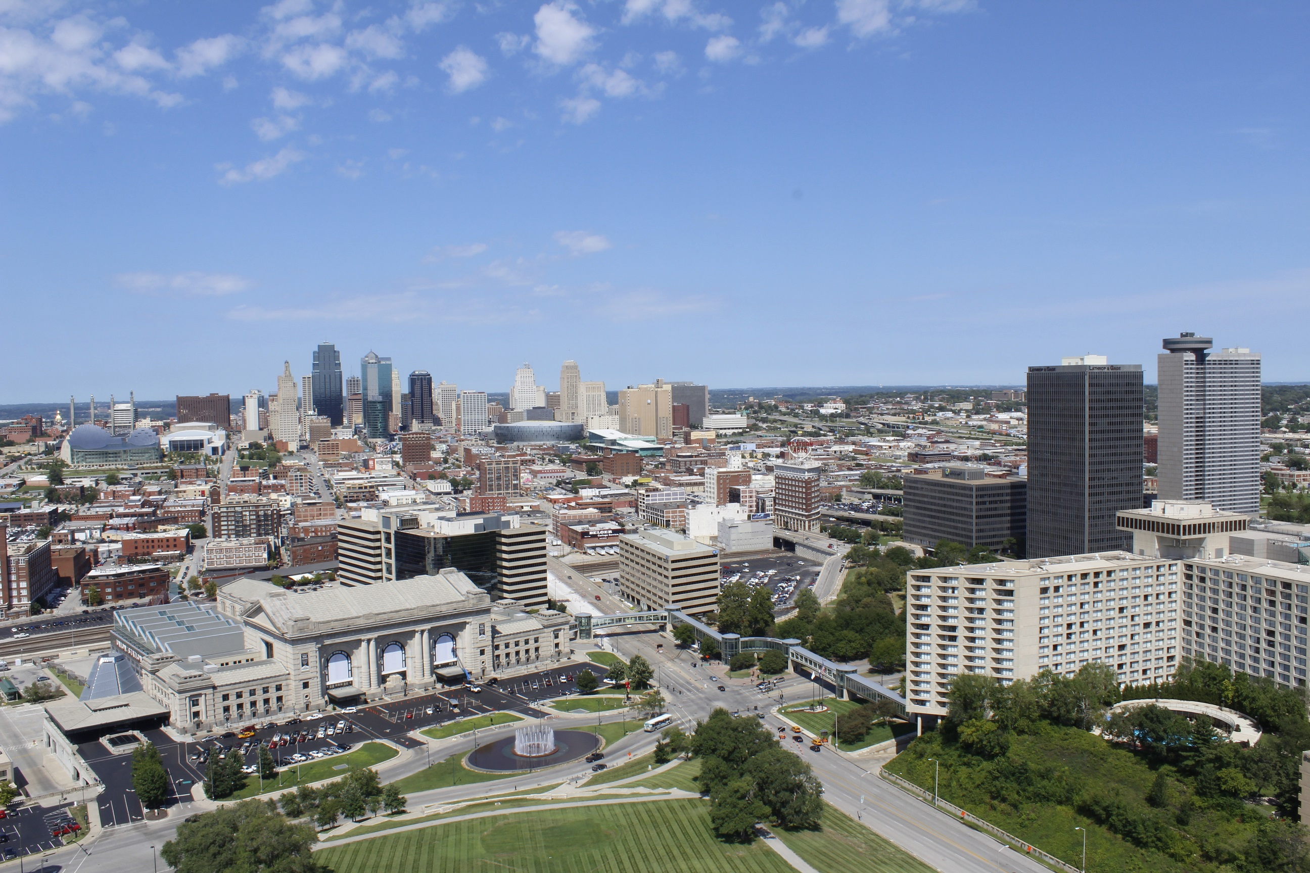 Hotels Near Kansas City Royals Stadium Royals